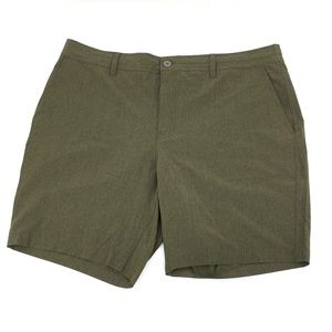 32 Degree Cool Performance Shorts Size 42 Green